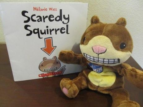 Scaredy Squirrel, libro y peluche...